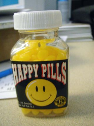 04_happy-pills